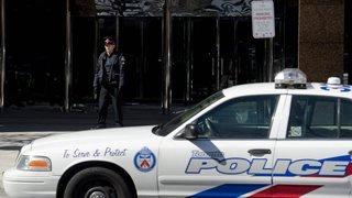 Canada: une camionnette renverse plusieurs piétons à Toronto