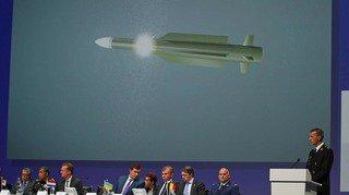 Malaysia Airlines: le missile qui a abattu le vol MH17 et fait 298 morts appartenait à l'armée russe