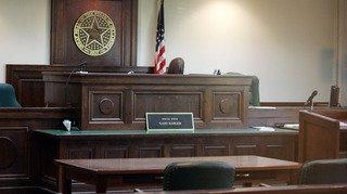 États-Unis: des parents saisissent la justice pour que leur fils de 30 ans déménage de la maison familiale