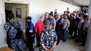 Les Libanais aux urnes