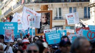 Grosse manif pour «la fête  à Macron»
