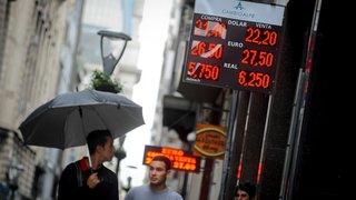 Aide financière à l'Argentine examinée