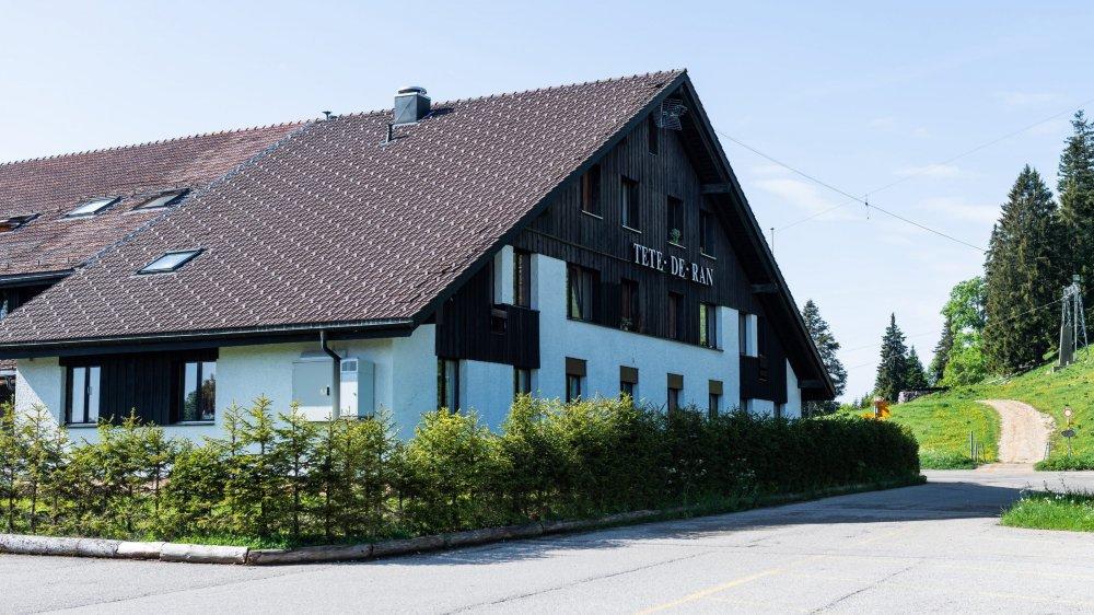 Le centre d'accueil de Tête-de-Ran héberge environ 80 requérants d'asile de 30 nationalités différentes.