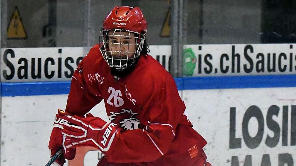 Théo Rochette (ici sous le maillot neuchâtelois) est déjà une star au Québec.