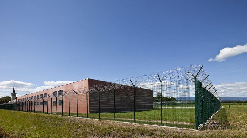 Fribourg: un psychiatre de prison condamné après un homicide par négligence