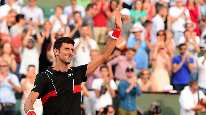 Novak Djokovic (no 20) s'est sorti en trois sets du piège Fernando Verdasco (no 30) en 8e de finale à Roland-Garros.