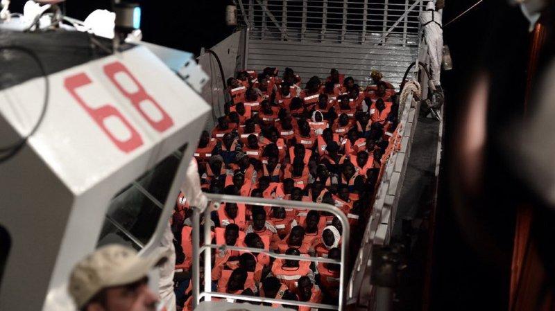 Crise migratoire: l'Espagne accepte de recevoir un navire de plus de 600 migrants