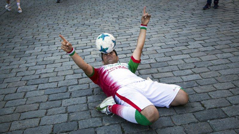 La Coupe du monde de football, c'est aussi une grande fête populaire.
