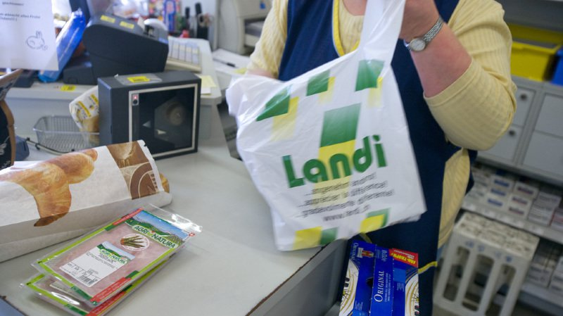 Des escrocs utilisent un numéro de téléphone de LANDI pour obtenir des codes de cartes prépayées