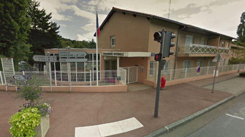 Le drame s'est déroulé dans cette gendarmerie de Limonest, près de Lyon.