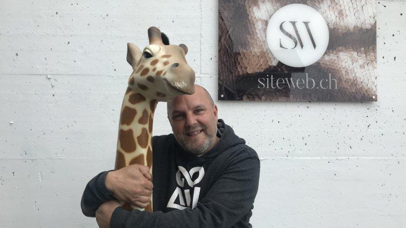 Le patron de siteweb.ch a retrouvé sa girafe.