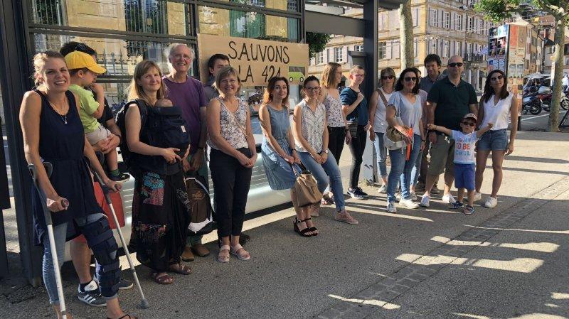Des Vaudruziens se mobilisent pour la ligne de bus 421