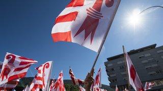 Liesse populaire pour célébrer le 1er anniversaire du vote de Moutier sur son transfert au Jura