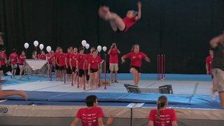 Lausanne: record du monde de sauts périlleux au minitrampoline