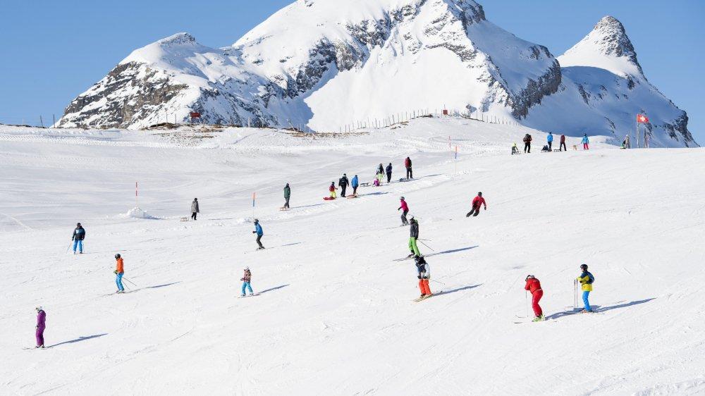 La suppression des camps d'hiver en 2019 permet à la commune de Val-de-Ruz d'économiser environ 100'000 francs.
