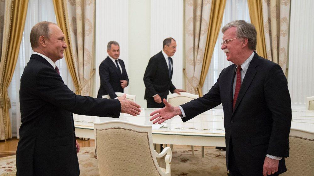 Vladimir Poutine et John Bolton, nouveau conseiller national à la sécurité de Donald Trump, se sont rencontrés, hier, à Moscou.