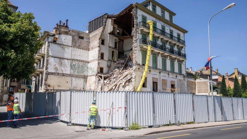 L'hôtel Beau-Rivage était en travaux de rénovation, transformation et extension lorsque le mur s'est écroulé.