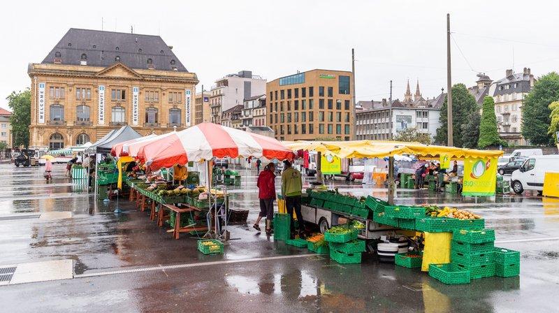 Le marché de Neuchâtel déménage à la place du Port