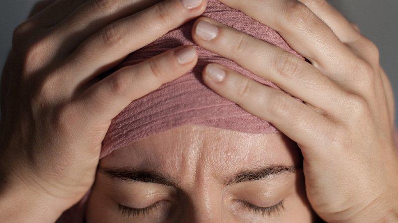 La migraine survient à l'âge où la productivité est à son apogée entre 35 et 45 ans.