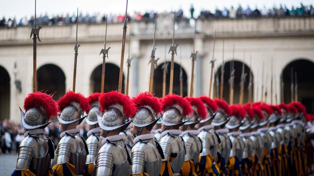 Vatican: 50 millions pour une nouvelle caserne de la Garde suisse pontificale