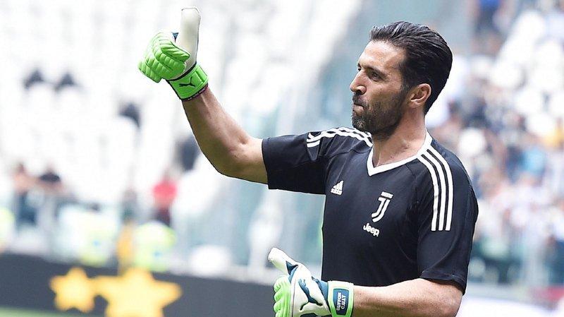 Football: le PSG officialise l'engagement de l'emblématique gardien italien Buffon