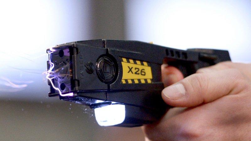 France: un homme décède suite à un tir de Taser par des gendarmes français