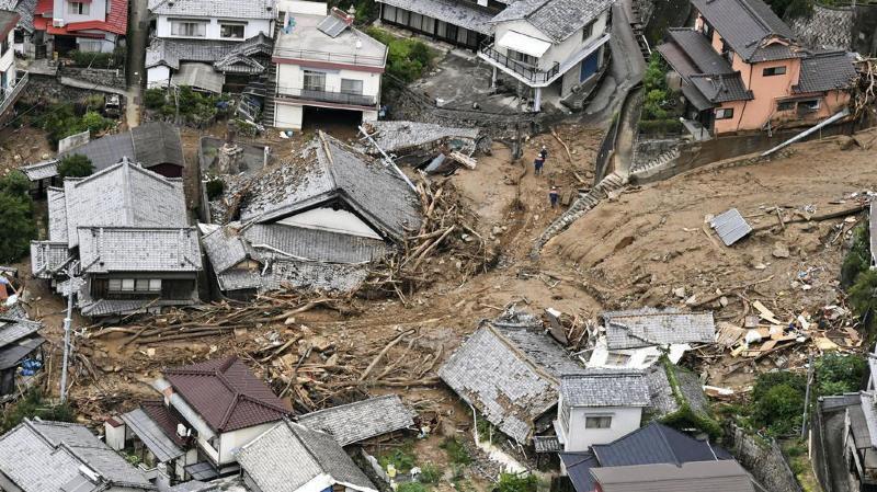 Pluies torrentielles au Japon: au moins 81 morts et 58 disparus
