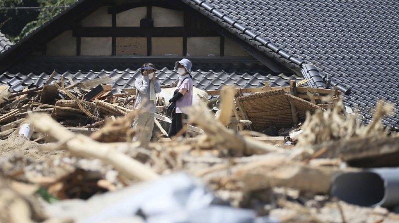 Japon: les intempéries font au moins 141 morts