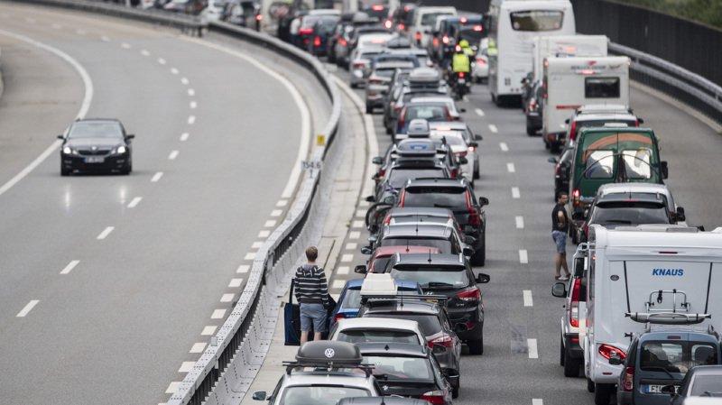Trafic: le tunnel du Gothard touché par de gros embouteillages