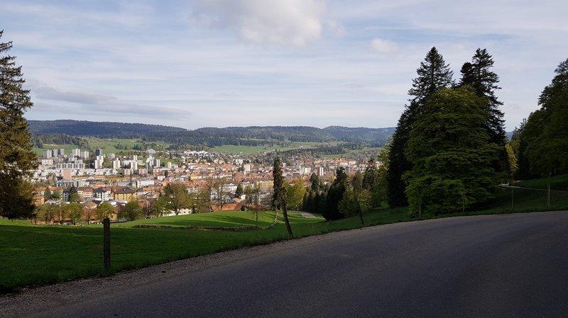 La Chaux-de-Fonds : sur les Chemins des 7 abeilles