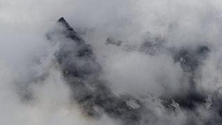 Haut-Valais : un alpiniste fait une chute mortelle au Lagginhorn