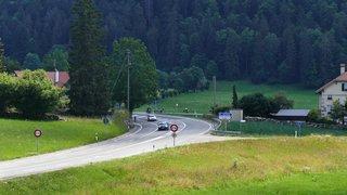Même fermée au trafic pour un constat d'accident, une route reste en général libre d'accès pour les secours
