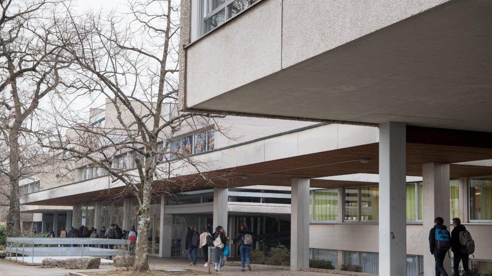 Si l'initiative populaire est acceptée, l'école neuchâteloise pourrait subir une nouvelle réforme de son organisation.