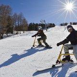 Cours d'initiation au snowbike - dévaler les pistes sur selle