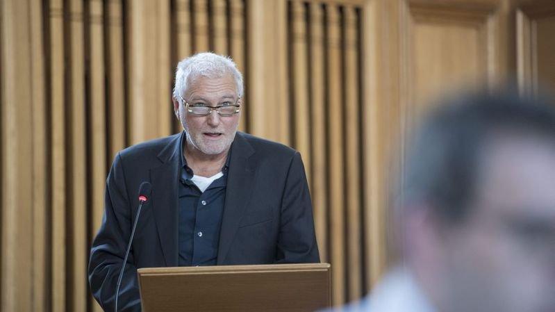 Patrick Herrmann remplace Céline Vara à la présidence des Verts neuchâtelois