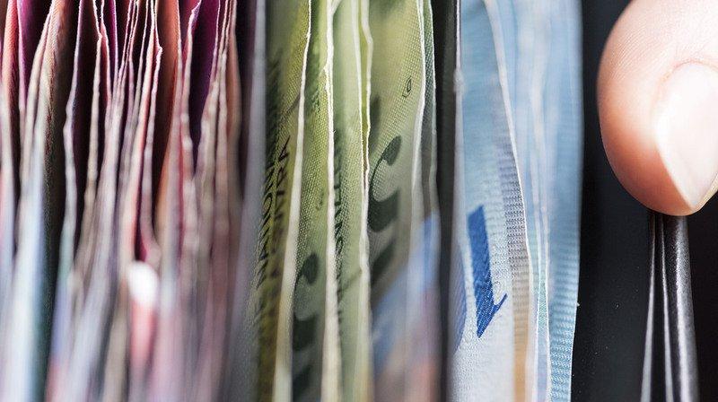 L'enquête a permis de retrouver le propriétaire. Il était sur la route des vacances. L'argent a été remis à un membre de sa famille. (illustration)