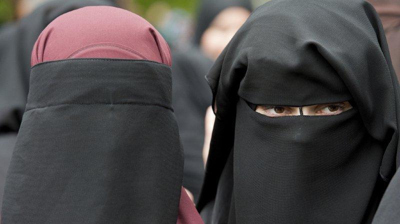 Tessin: la loi anti-burqa concerne surtout les fans de football
