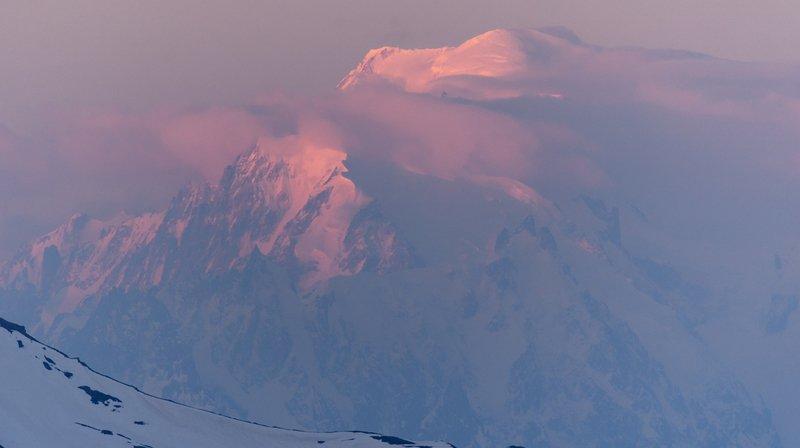 Accident: un alpiniste suisse perd la vie au Mont-Blanc