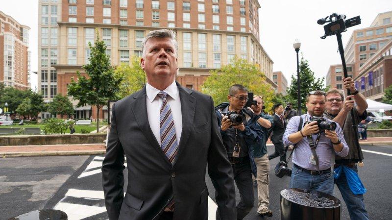 Paul Manafort, l'ex-chef de campagne de Donald Trump, jugé pour fraudes bancaires et fiscales
