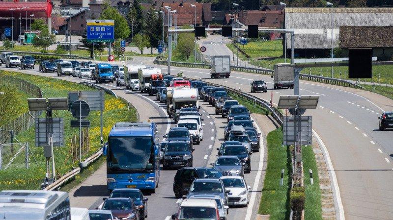 Tessin: le tunnel du Gothard a été fermé durant 3 heures après raison d'une collision frontale