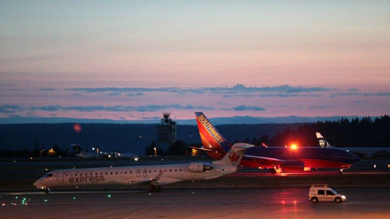 Etats-Unis: un employé d'une compagnie vole un avion et s'écrase tout seul après le décollage