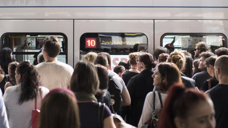 CFF: la ligne Zurich-Lucerne interrompue après le déraillement d'un train de chantier