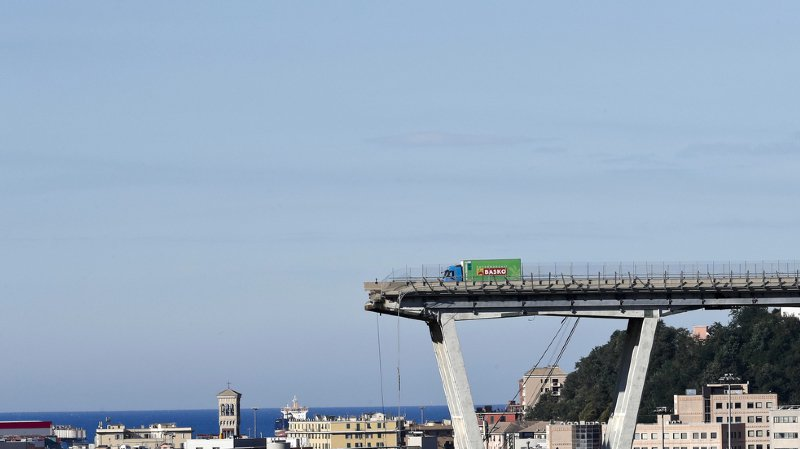Pont effondré à Gênes: le modèle de pont Morandi remis en question