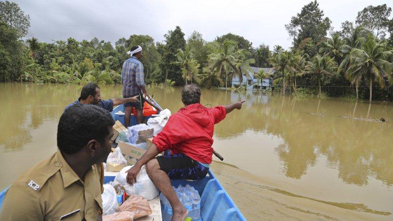 Inde: le bilan des inondations au Kerala grimpe à plus de 400 morts