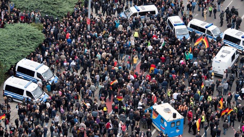 Violences de Chemnitz: le ministre italien Salvini met en cause Angela Merkel