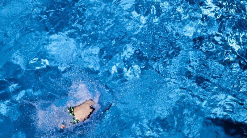 Argovie: problèmes respiratoires pour 9 enfants et 10 adultes après une fuite d'ozone lors d'un cours de bébés nageurs