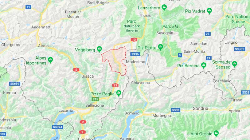 Suisse: une voiture prend feu après un accident à Misox (GR), un enfant meurt