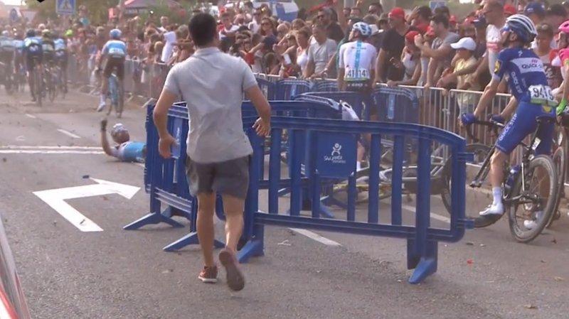 Tour d'Espagne: un hélico provoque la chute d'un cycliste