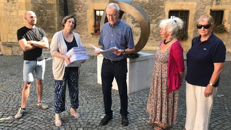 La motion populaire sur le déménagement de la Chrysalide a été déposée au Château