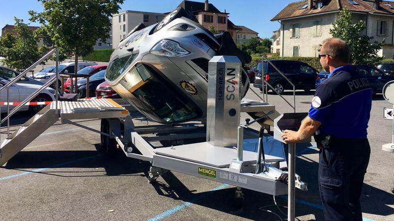 Comment vivre un accident de voiture en toute sécurité dans un simulateur, à Boudevilliers